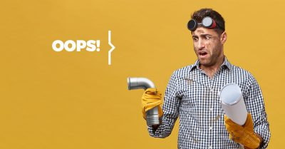 Plombier Expert | Worry man with gloves and pipe in hands